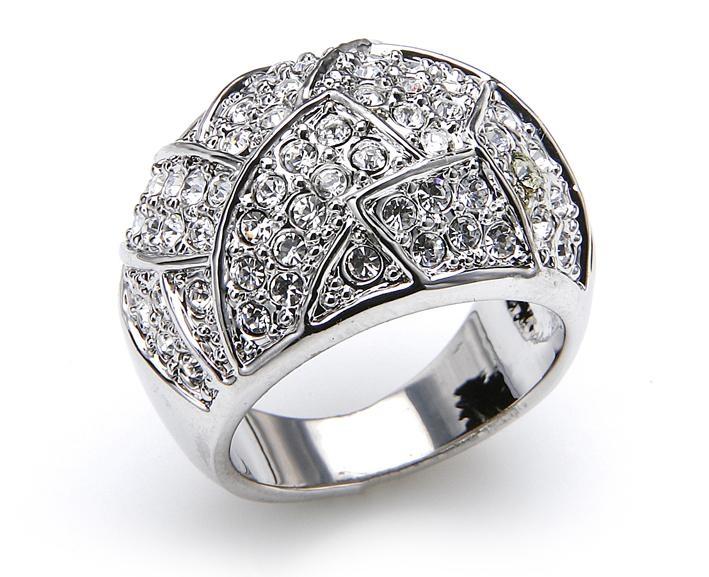 silberring mit diamant strass rundherum und berall 75 g nstiger kaufen. Black Bedroom Furniture Sets. Home Design Ideas